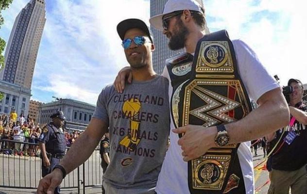 Richard Jefferson and Kevin Love Cavs Championship Parade