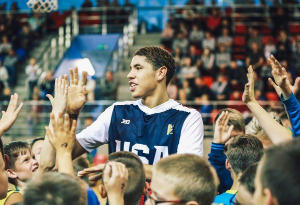 LaMelo Ball gets 'Welcome to Ohio' billboard
