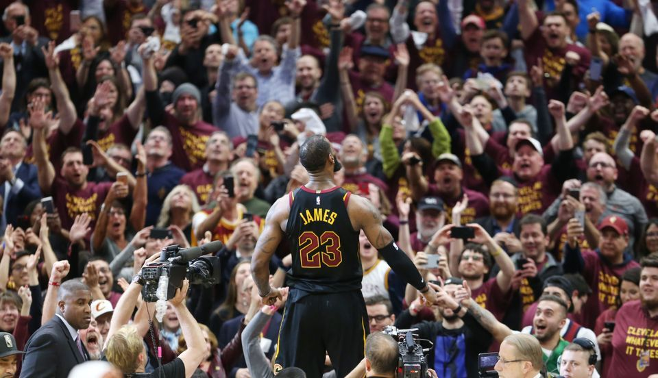 LeBron James Cavs Crowd