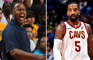 Damon Jones and J.R. Smith Cavs