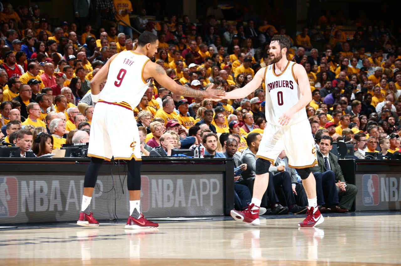 Channing Frye and Kevin Love Cavs