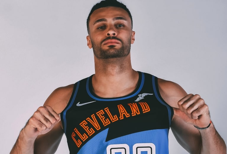 the best attitude a2004 827c0 Report: Cavs Officially Unveil Throwback Jerseys for 2019-20 ...