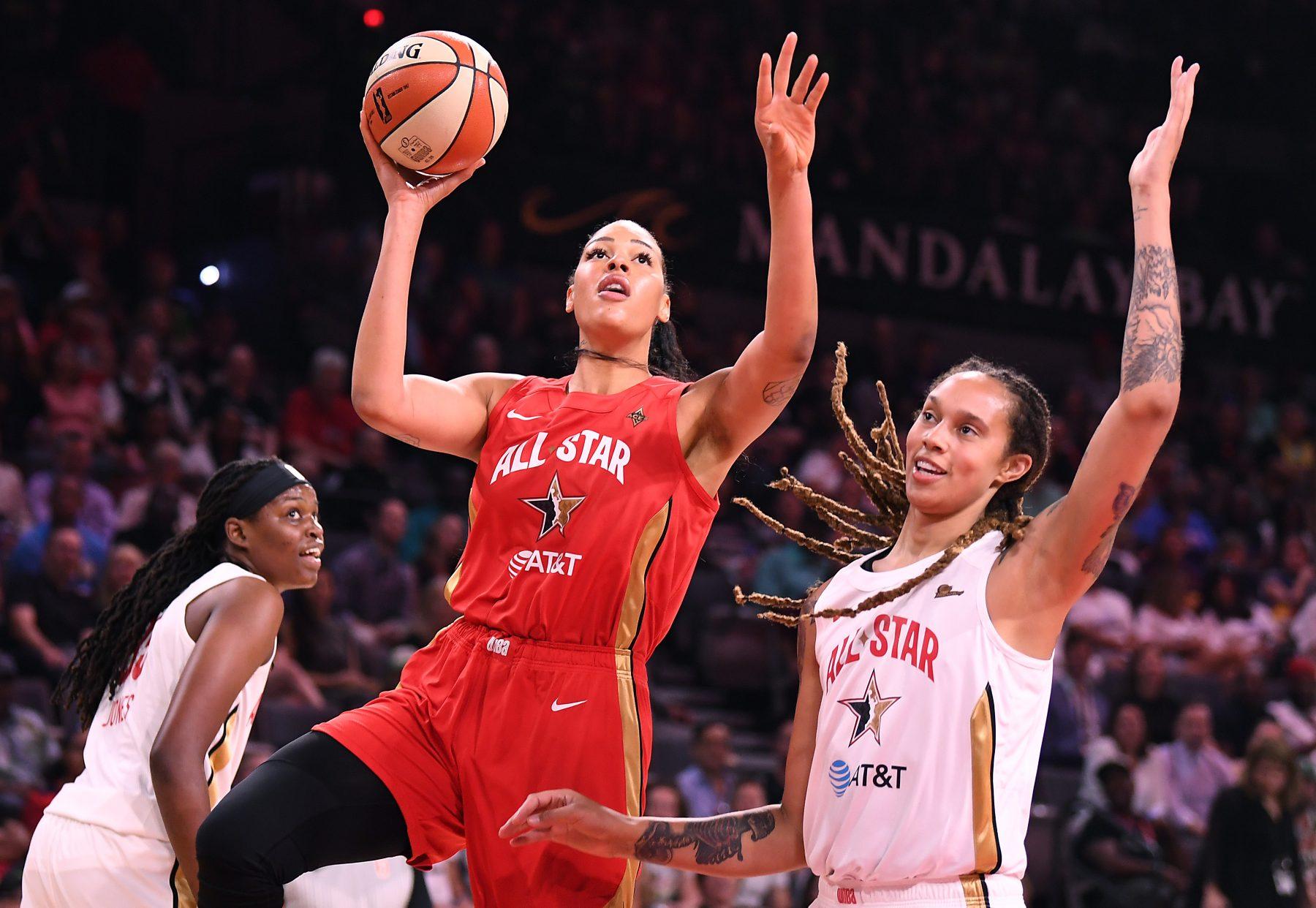 Liz Cambage WNBA