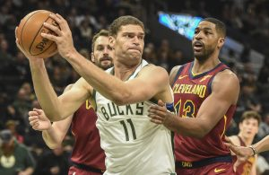 Kevin Love, Tristan Thompson and Brook Lopez