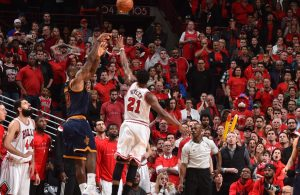 LeBron James Buzzer-Beater Chicago Bulls
