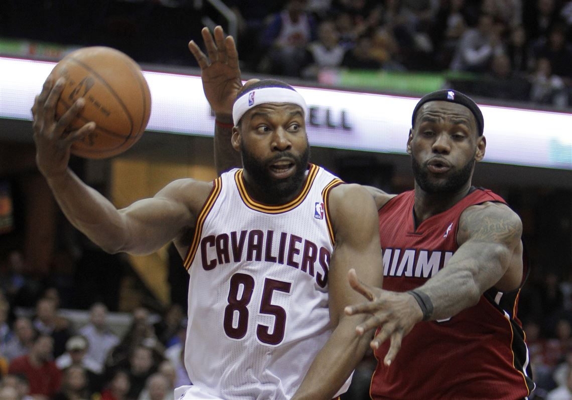 Baron Davis and LeBron James